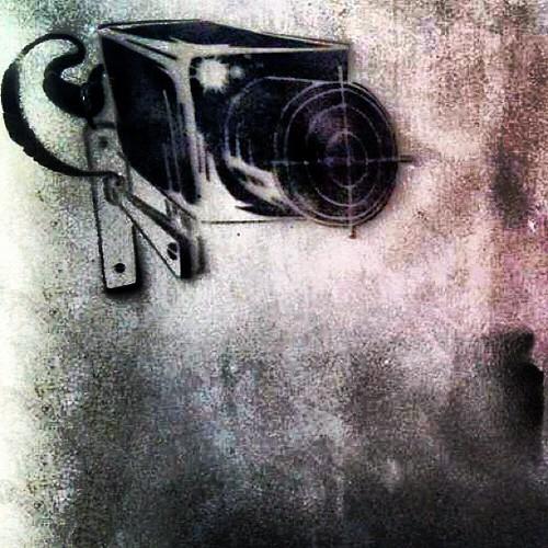 Graffiti de una cámara de seguridad